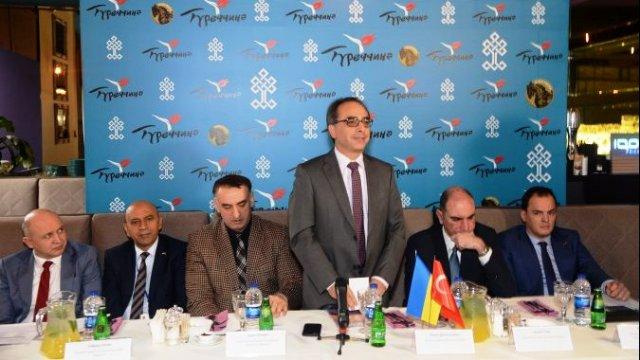 Турпоток украинцев в Турцию за 10 месяцев достиг рекордных показателей