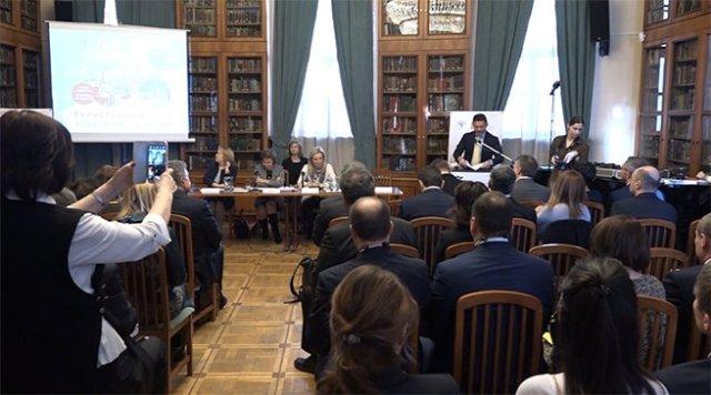 Россия и Греция обсудили перспективы перекрестного туризма