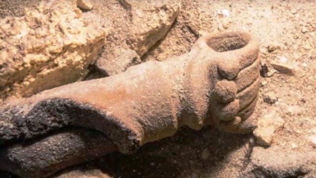 Кладбище древних майя нашли в подводной пещере