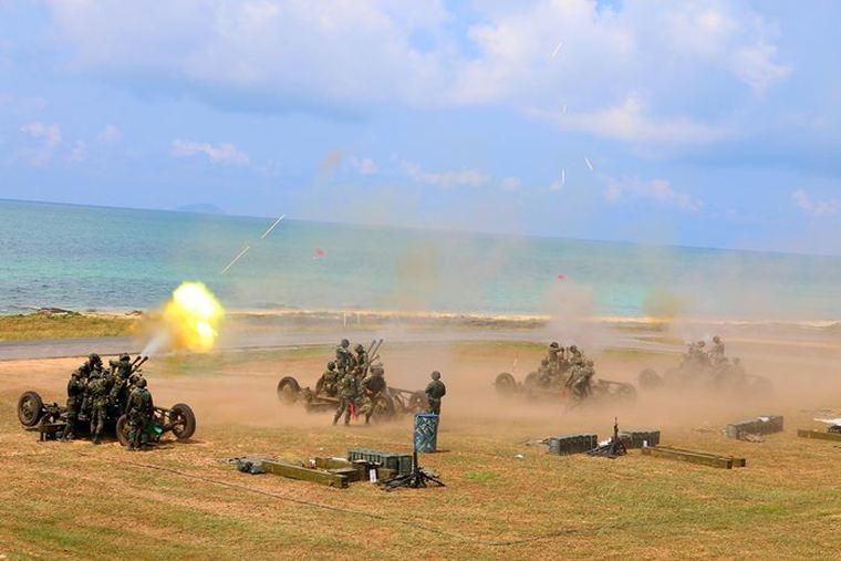 1000 солдат были вынуждены открыть огонь из пушек на пляже Паттайи