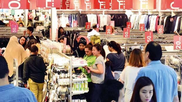 Мега распродажи в Шардже: скидки до 80% в течение 17 дней.