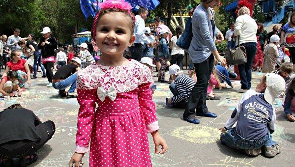 Парад колясок, дискотека, гонки: как в Симферополе отметят День защиты детей