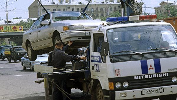 Госсовет Крыма утвердил штрафы для эвакуаторщиков