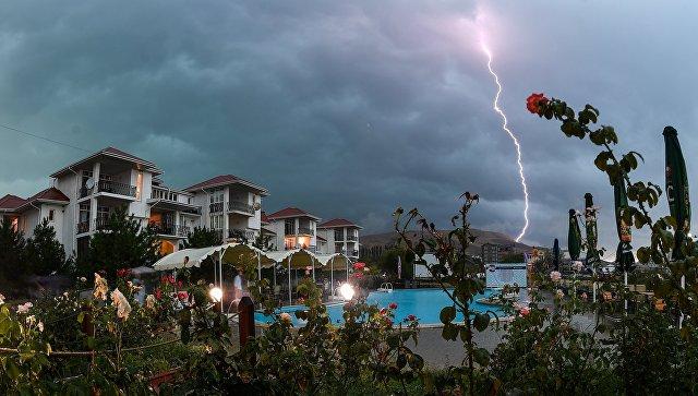 На полуостров идет шторм