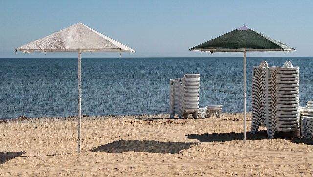 Стекло, арматура, куски железа: спасатели обследовали 80 пляжей в Крыму