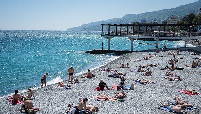 В этом году в Крыму откроют почти полтысячи пляжей