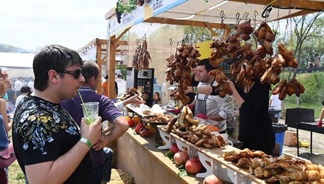 """В первый день гости фестиваля """"О, да! Еда!"""" съели две тонны мяса – организатор"""