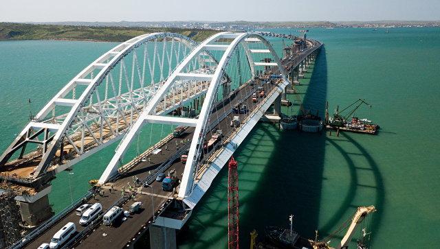Крымский мост дал 10 советов приезжающим на полуостров туристам