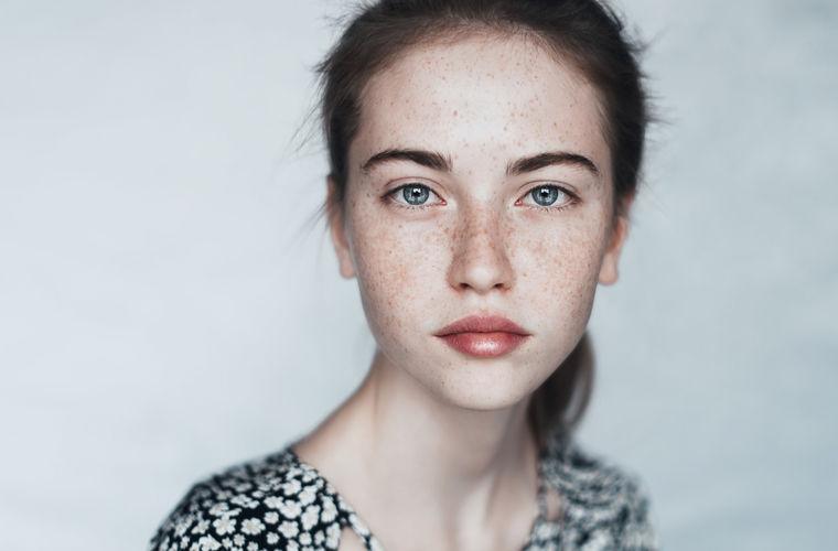 Ученые назвали 9 черт лица, делающих нас привлекательными