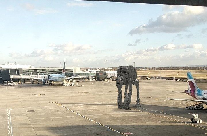 Лондонский аэропорт отпраздновал День Звездный Войн