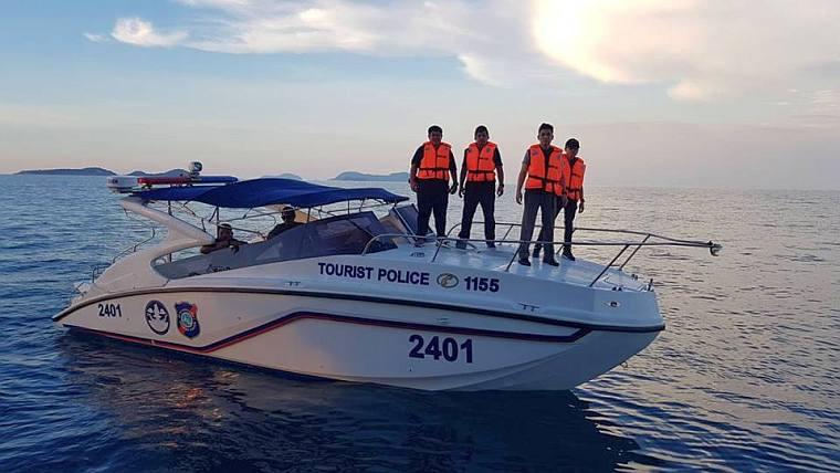 114 российских туристов удалось спасти в заливе Паттайи