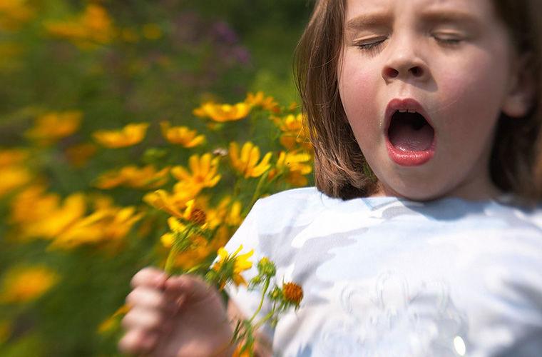 Почему люди иногда чихают по десять раз подряд?