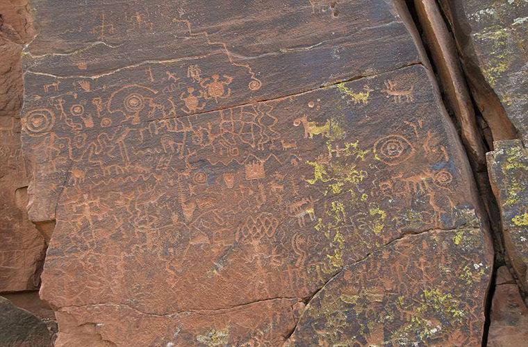 В Аризоне найден и расшифрован древний солнечный календарь
