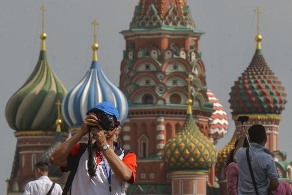 Турпоток в Москву из-за рубежа на майские праздники вырос примерно на 20%