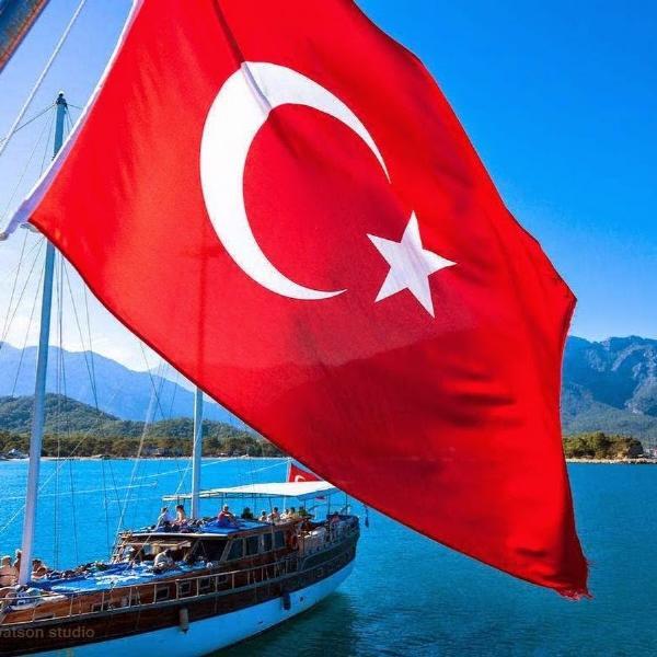 В Турции допустили ослабление визового режима с Россией