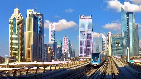 В Дубае разрешили транзитным пассажирам покидать аэропорт без визы