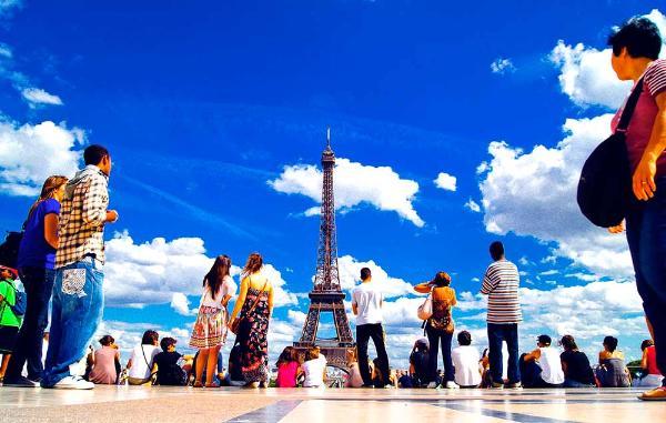 Туристический рынок отравляет атмосферу на 8%