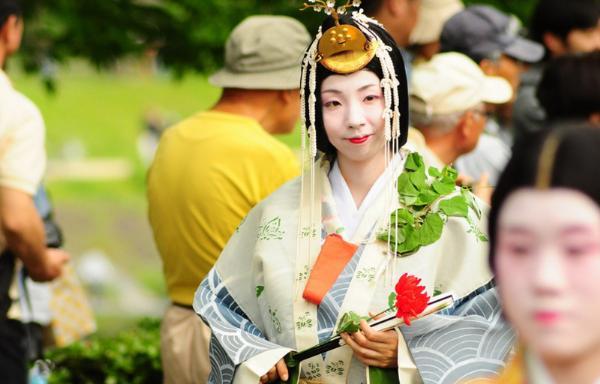 Исторический праздник Аой Мацури проведут в Киото