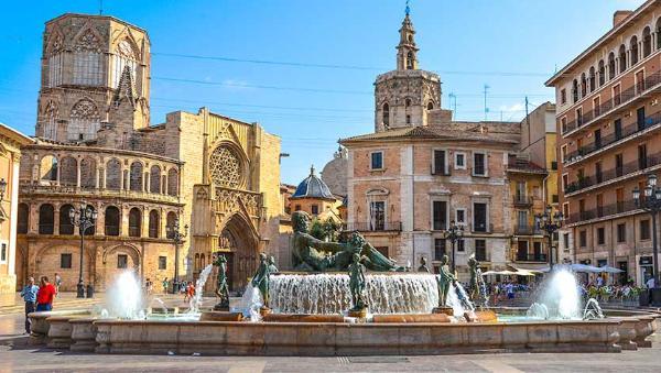 Валенсия вводит ограничения на аренду жилья туристами