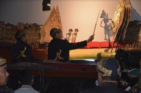 Москва и Санкт-Петербург увидят индонезийский театр теней «ваянг кулит»