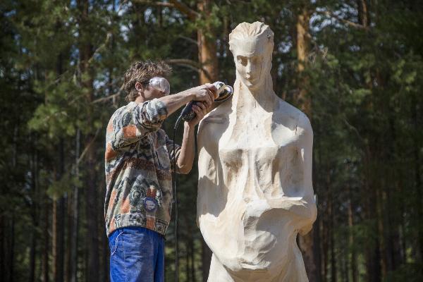 Иркутский фестиваль деревянной скульптуры «Лукоморье» собрал мастеров из 15 стран