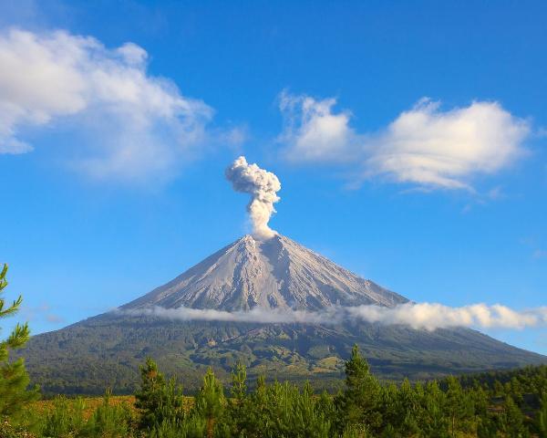 Министерство Туризма Республики Индонезии подтверждает, что район безопасен для туристов