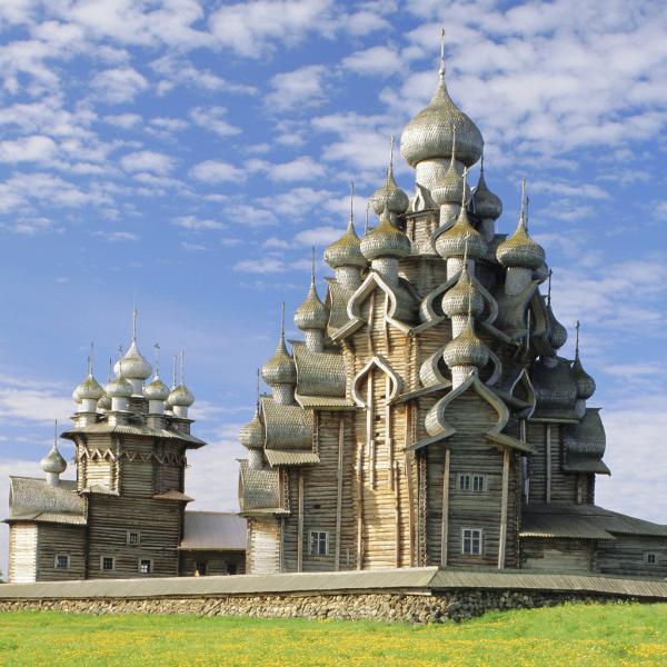 Остров Кижи в Карелии открыл туристический сезон