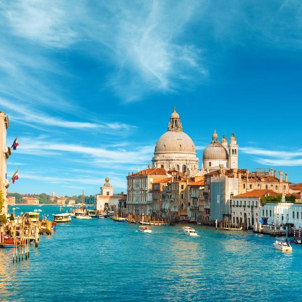 В Венеции запретили открывать торговые точки с едой на вынос