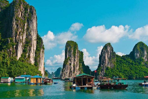 Спрос у российских туристов на летние туры во Вьетнам растет