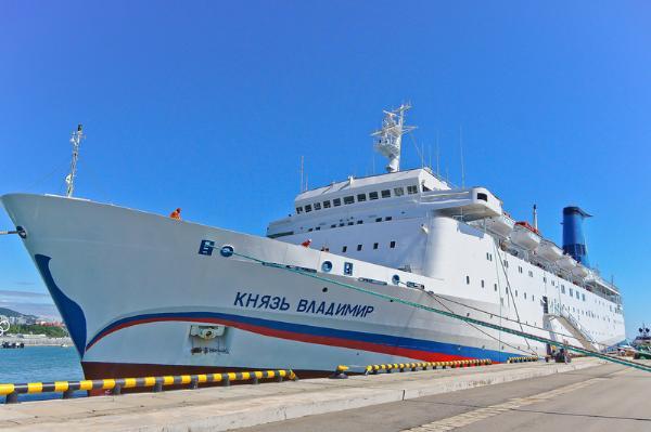 Рейсы лайнера «Князь Владимир» по Черному морю отменены до августа