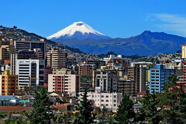 Россия и Эквадор обсуждают возможность прямого авиасообщения