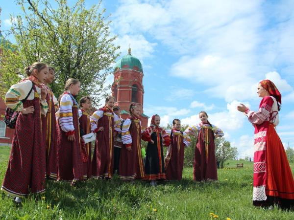 Запуском гигантского змея откроется фестиваль народных традиций «Былина» под Тулой