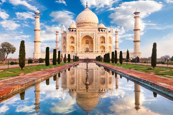 Правительство Индии получило более $200 млн дохода от электронной визы