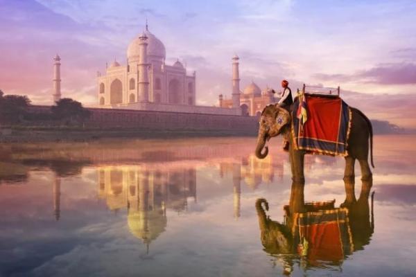 Власти Индии планируют ввести долгосрочные визы для увеличения турпотока в страну