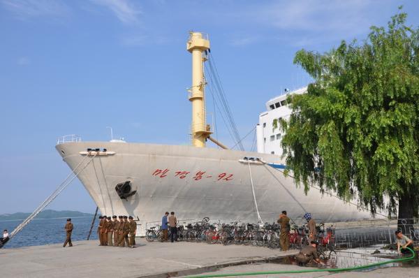 Паром между Владивостоком и северокорейским Раджином могут опять запустить в июне