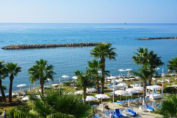 Кипр с января по апрель посетили почти 95 тысяч россиян