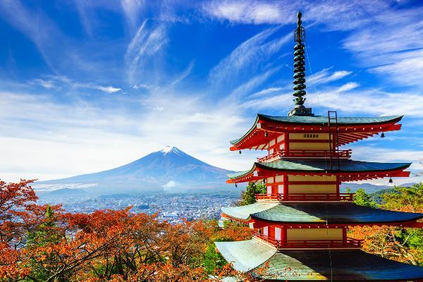 Петербург откроет в Японии офис для продвижения туризма