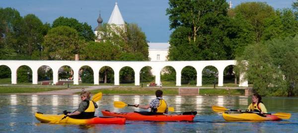 Великий Новгород с воды: новый взгляд на прекрасное