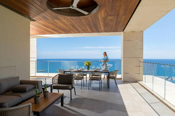 Апартаменты Four Seasons Residences на Кипре задают новый стандарт отельного размещения