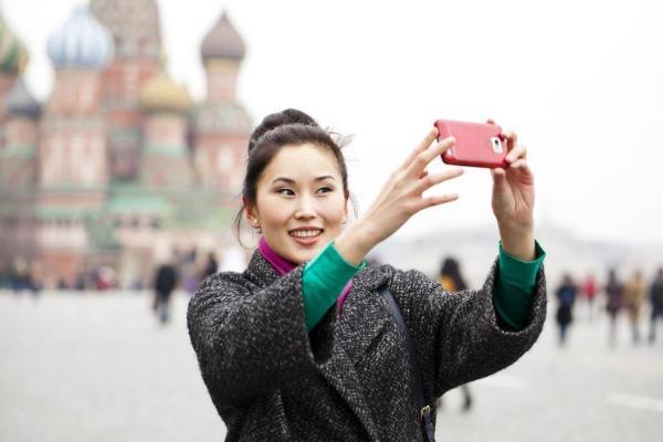 Глава Ростуризма предложил считать туристов по мобильным телефонам