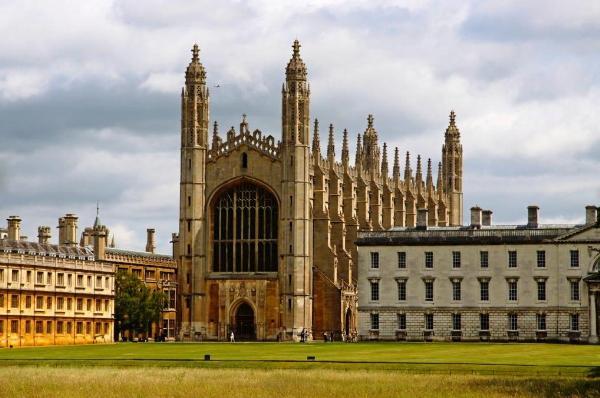 Туристическим автобусам могут ограничить въезд в центр британского Кембриджа