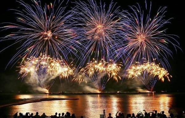 Лучшие фейерверки стран Азии покажут на фестивале в Паттайе