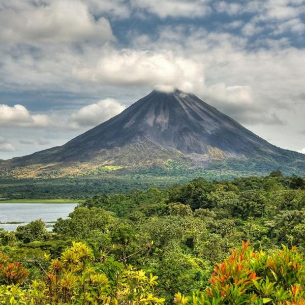 Подписано соглашение о безвизовом режиме с Коста-Рикой