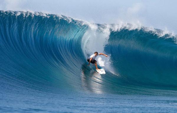 Серферы со всего мира примут участие в фестивалях на Бали