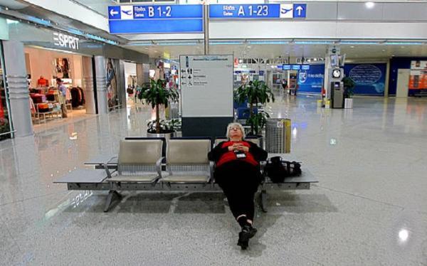 Рейсы в аэропорту Афин задержаны и отменены из-за всеобщей забастовки транспортников