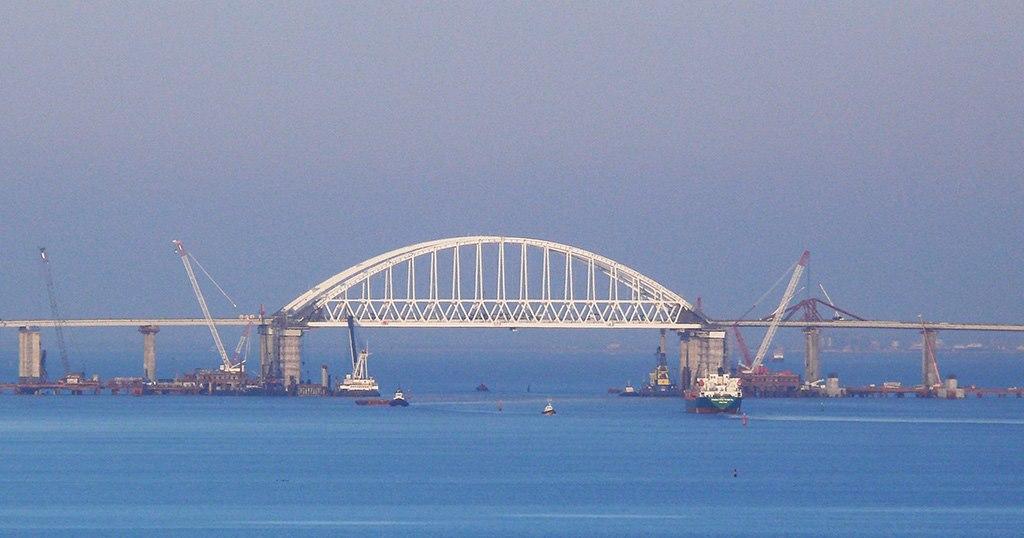 Киевский журналист: Россия построила Крымский мост для Украины