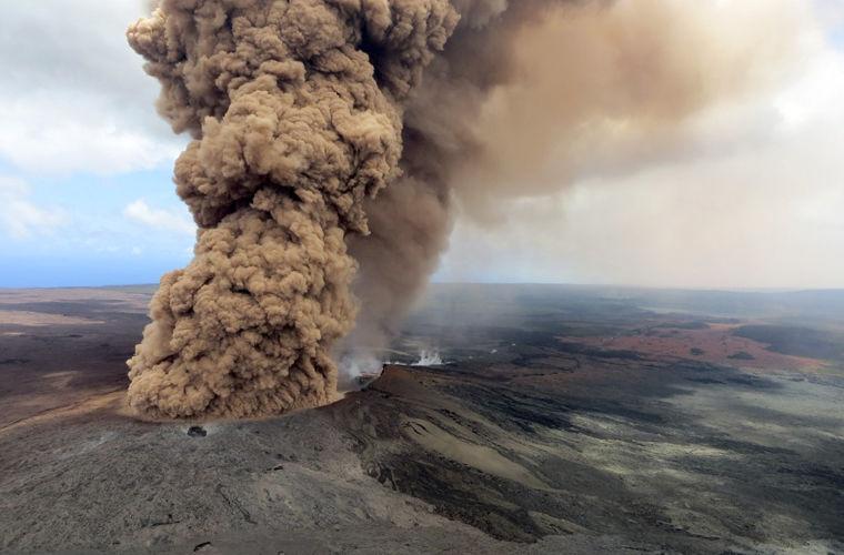 Извергающийся гавайский вулкан Килауэа может взорваться