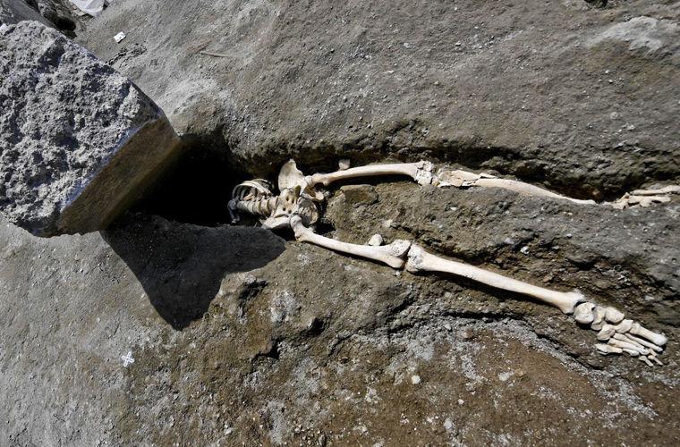 В Помпеях обнаружены останки новой жертвы извержения вулкана
