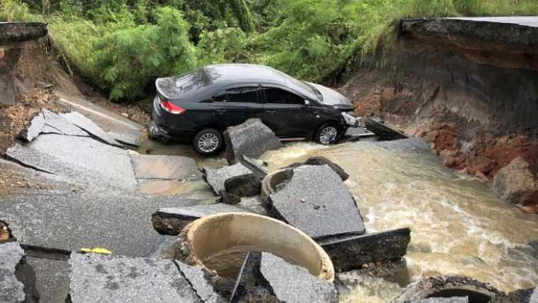 5 человек утонуло в Таиланде во время наводнения