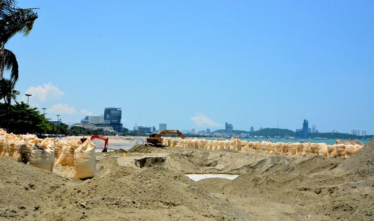 На сегодняшний день пляжи Паттайи выглядят вот так